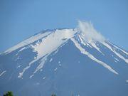 6月20の富士山。河口湖にて。この時期滅多にみられない富士山の雄姿でした。