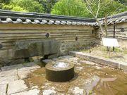 韓国(風)の庭の井戸
